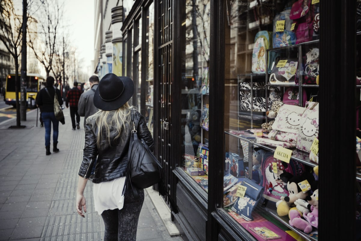 glamour, hat, pretty girl, shop, shopper, shopping, street, urban area, toyshop, city