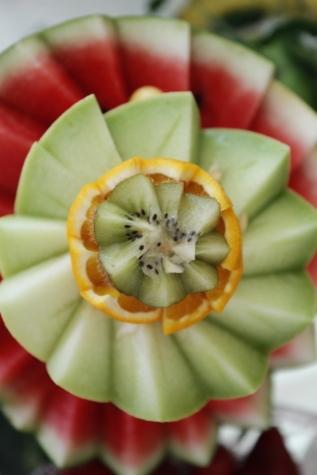 Ξυλόγλυπτα, εσπεριδοειδή, ακτινίδιο, πορτοκαλί, φλούδα πορτοκαλιού, φρούτα, τροπικά, μελιτώματος, πεπόνι, νόστιμα