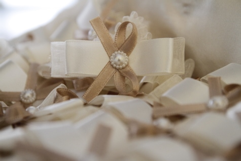 decoration, ribbon, white, love, indoors, romance, still life, interior design, gift, luxury