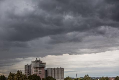 лоши метеорологични условия, сгради, мътен, разстояние, Силоз, градски, архитектура, сграда, Skyline, буря