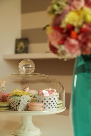 gebakken goederen, decoratie, heerlijke, nagerecht, glas, zelfgemaakte, vaas, voedsel, plaat, binnenshuis