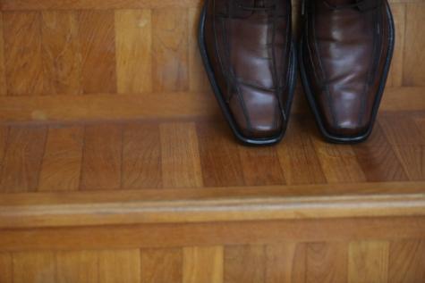 блясък, кожа, обувки, стълбище, двойка, Почистване, дървен материал, обувки, мода, облекло