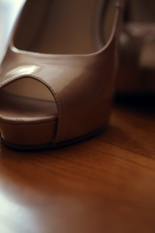 blurry, elegant, heels, sandal, shoe, leather, still life, fashion, blur, indoors