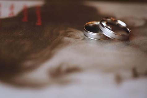 libro, Oro, bagliore dorato, gioielli, anello di nozze, sfocatura, matrimonio, natura morta, amore, in casa
