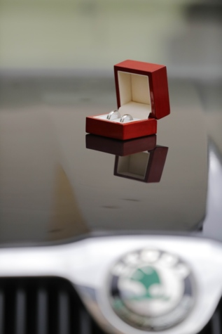 car, close-up, jewelry, love, marriage, metal, rings, romance, wedding ring, box