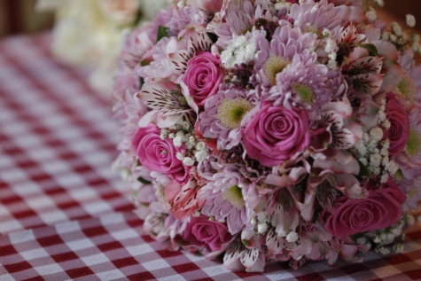 bouquet, flower, gift, petals, pinkish, romantic, tablecloth, decoration, roses, flowers