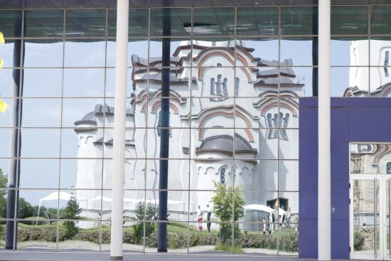 church, church tower, glass, modern, reflection, building, window, architecture, business, city