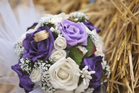 decoration, gold, hay, nostalgia, purple, rings, romantic, straw, wedding, wedding ring