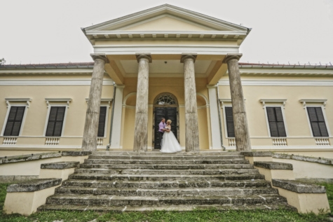 castle, entrance, hug, imperial, man, pretty girl, romantic, stairs, villa, building