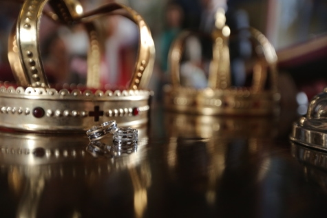celebration, ceremony, crown, event, famous, gold, imperial, religion, royal, wedding ring