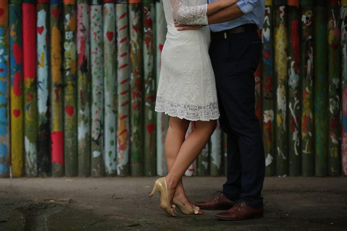 带, 商人, 穿衣服, 魅力, 腿, 裤子, 凉鞋, 裙子, 西装, 服装