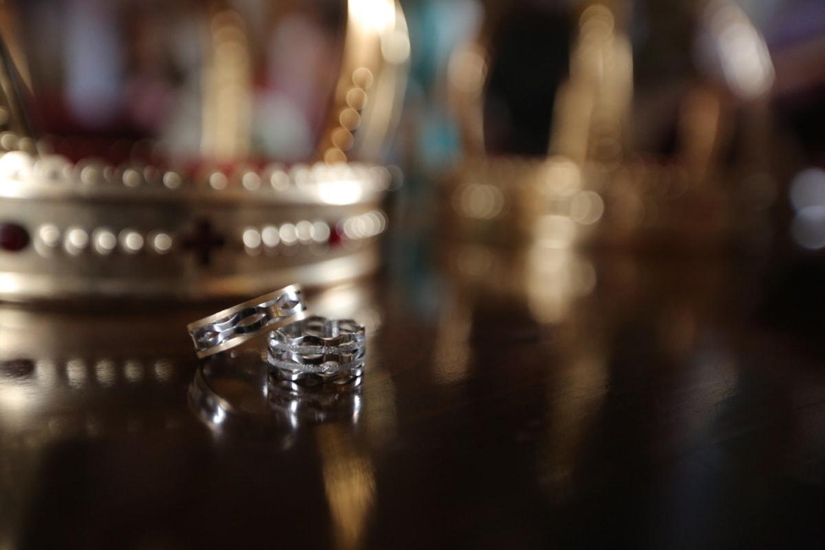 crown, expensive, golden glow, platinum, rings, shining, wedding ring, blur, indoors, wedding
