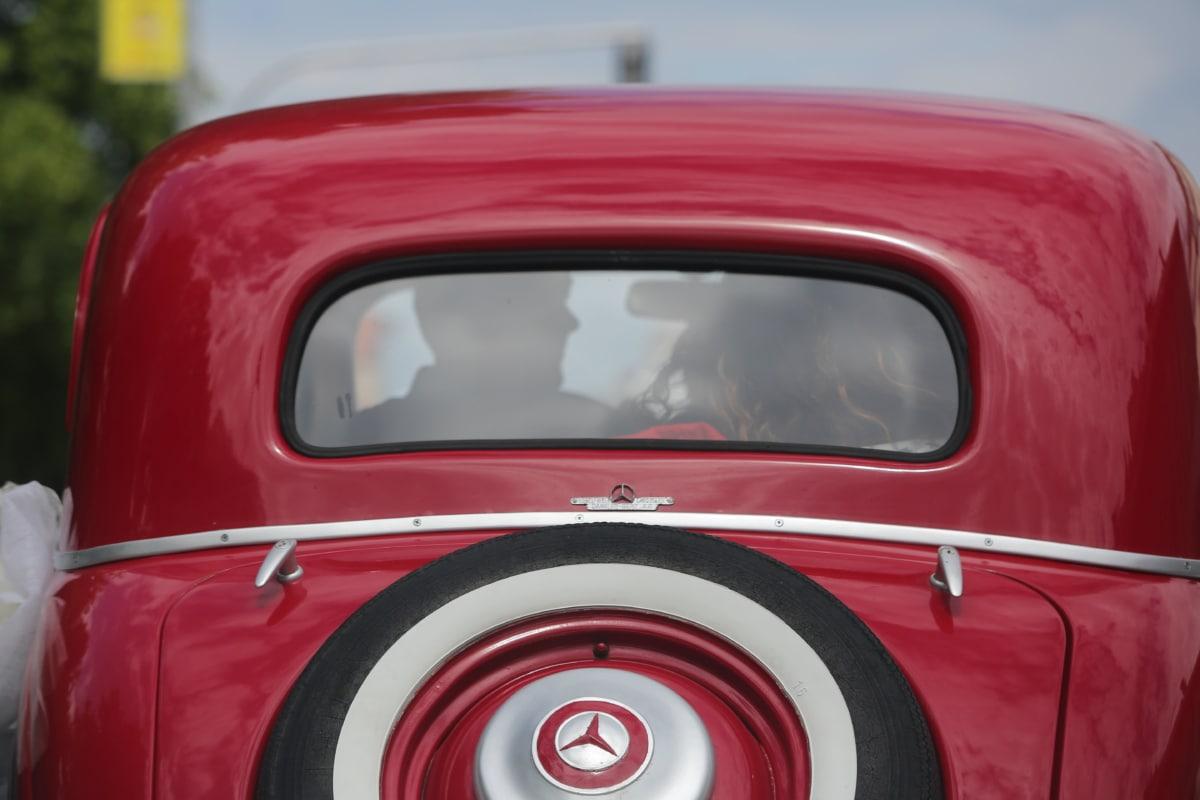 bride, car, groom, oldtimer, tire, wedding, vehicle, transportation, road, wheel