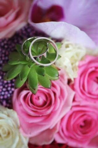 cactus, close-up, metallic, platinum, wedding bouquet, wedding ring, bouquet, decoration, flower, roses