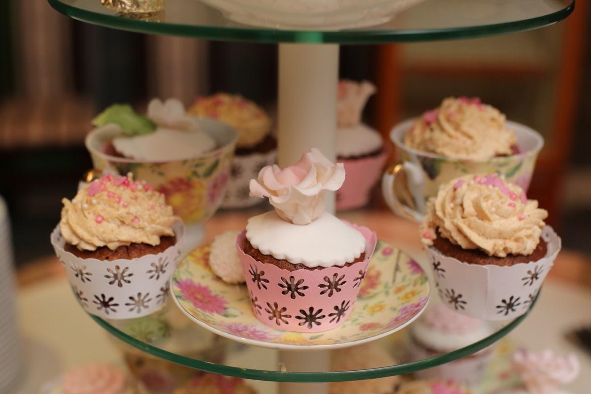 cupcake, dessert, dinner, meal, baking, plate, cake, food, cream, wedding