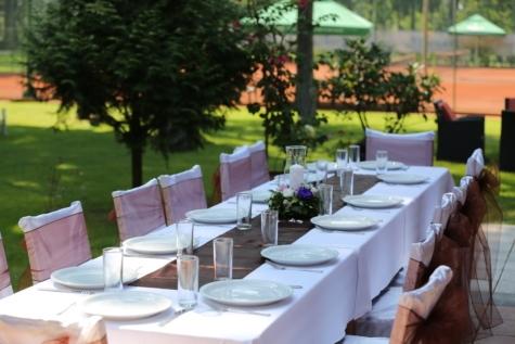 τραπεζαρία, μεσημεριανό γεύμα, εκδήλωση, Πίνακας, τραπεζομάντιλο, καρέκλα, Αίθριο, τραπεζαρία, μαχαιροπήρουνα, επιτραπέζια σκεύη