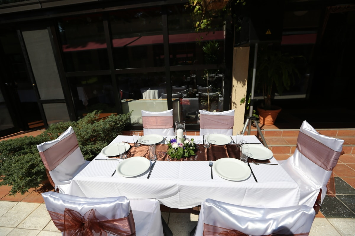 candle, chairs, cutlery, decorative, desk, lunch, restaurant, table, banquet, meal