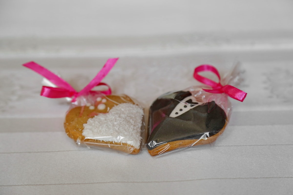bride, cookies, delicious, groom, handmade, miniature, packages, love, celebration, candy