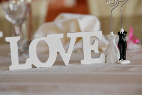 작은 입상, 사랑, 결혼, 로맨스, 조각, 발렌타인의 날, 웨딩, 실내, 가구, 테이블