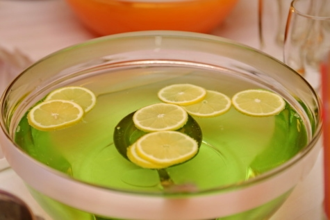 bowl, citrus, cocktail, drink, greenish yellow, lemon, lime, dish, food, lemonade