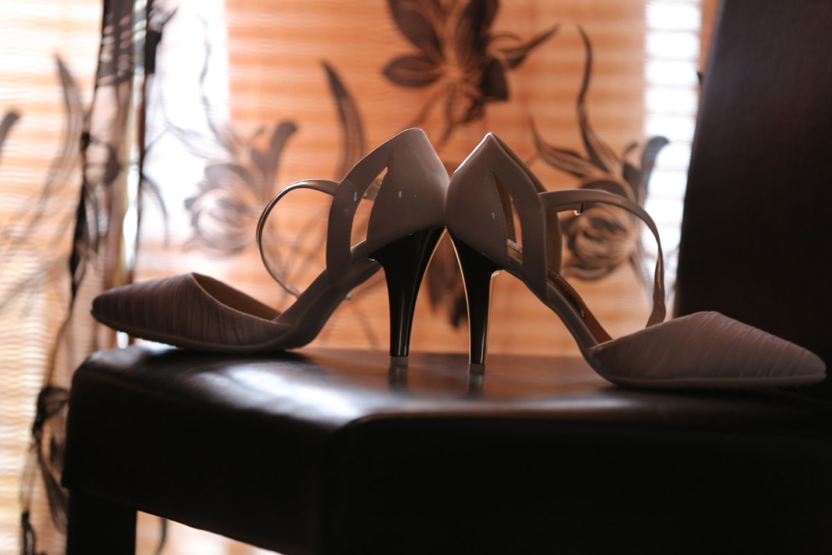 chair, elegance, glamour, heels, leather, old style, polish, sandal, silhouette, style
