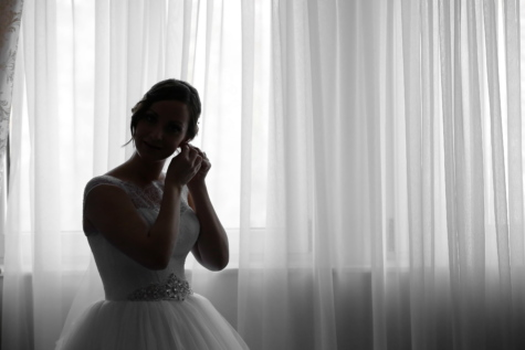 bride, ceremony, gorgeous, happiness, marriage, portrait, posing, pretty girl, smile, wedding dress