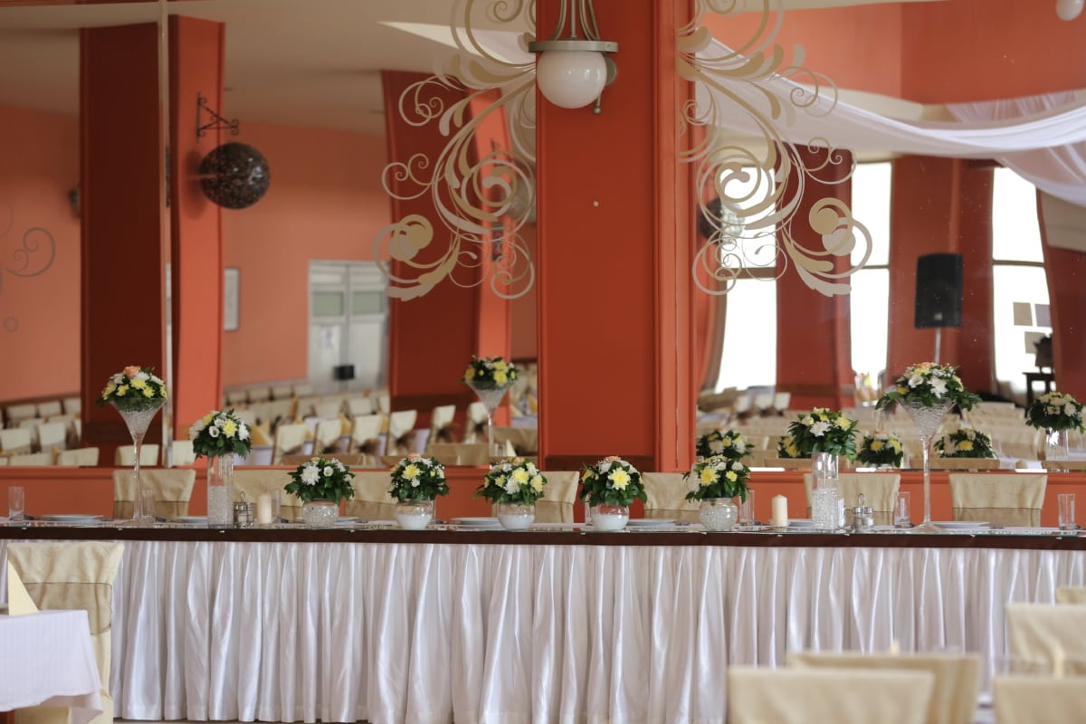dining area, mirror, tablecloth, tables, tableware, vase, interior design, furniture, structure, altar