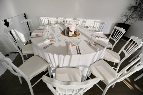 chairs, dining area, dinner table, furniture, hotel, interior decoration, luxury, silverware, dining, chair