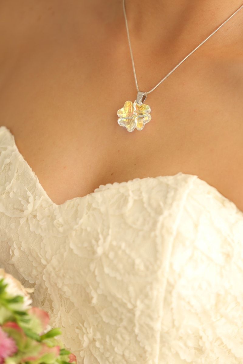 bride, neck, necklace, skin, wedding, wedding dress, decoration, adornment, jewelry, gold