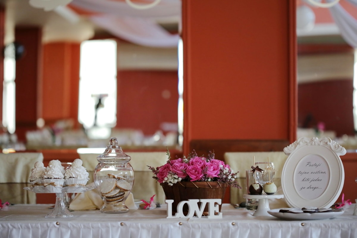 wedding, dining, interior design, tableware, indoors, tablecloth, cutlery, luxury, family, hotel