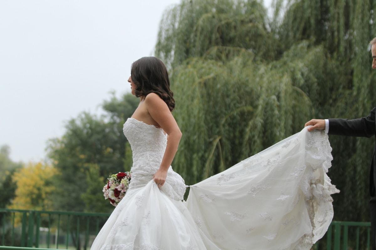 pretty girl, side view, wedding bouquet, wedding dress, married, veil, love, groom, dress, engagement