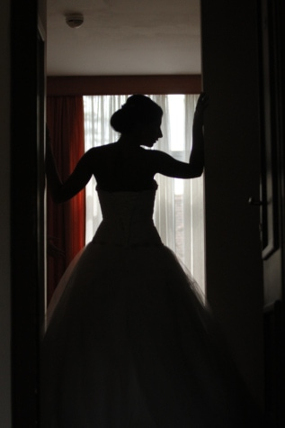 bride, silhouette, wedding, wedding dress, portrait, model, people, girl, boutique, window