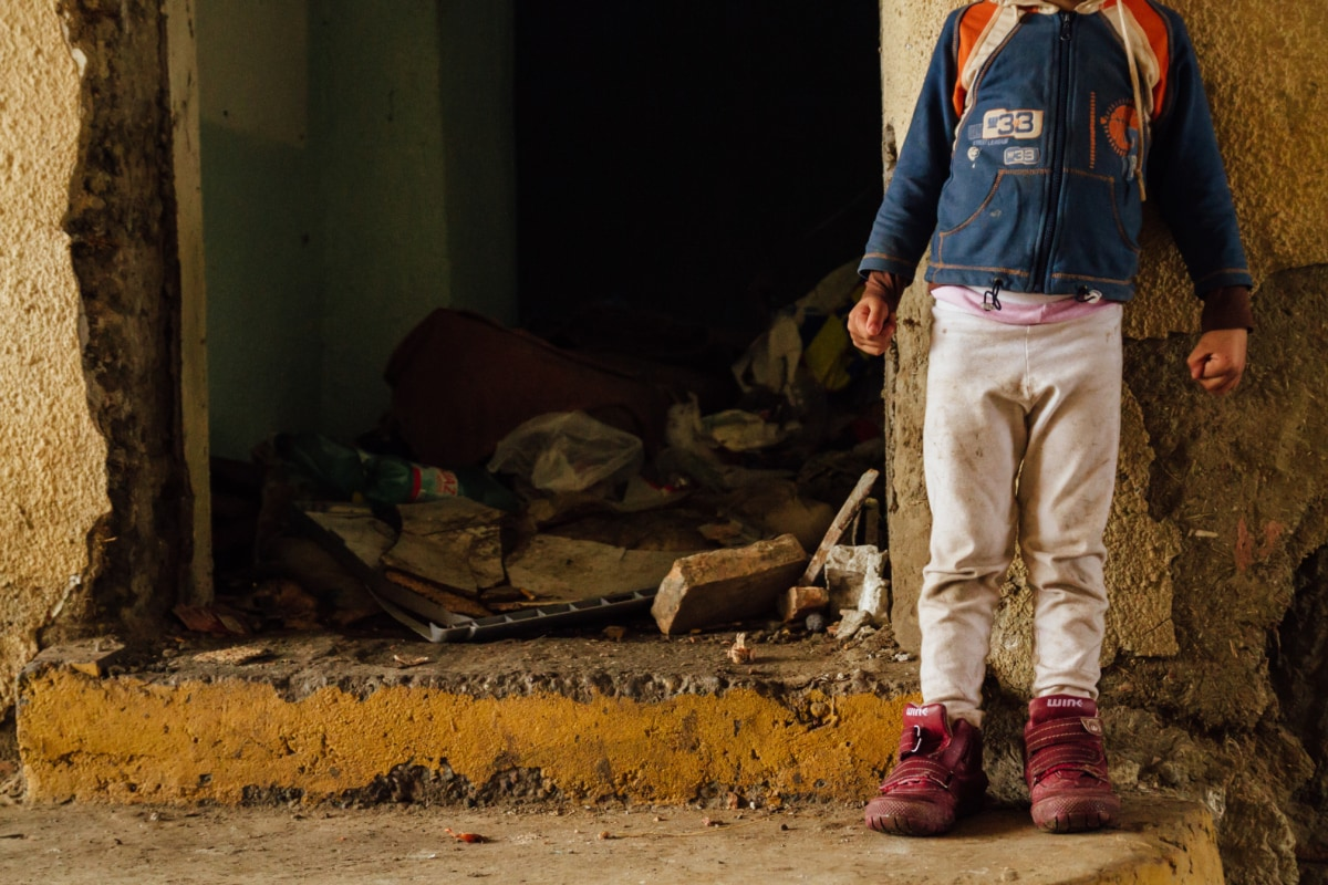 child, poverty, dirt, waste, garbage, person, childhood, children, cloth, clothes