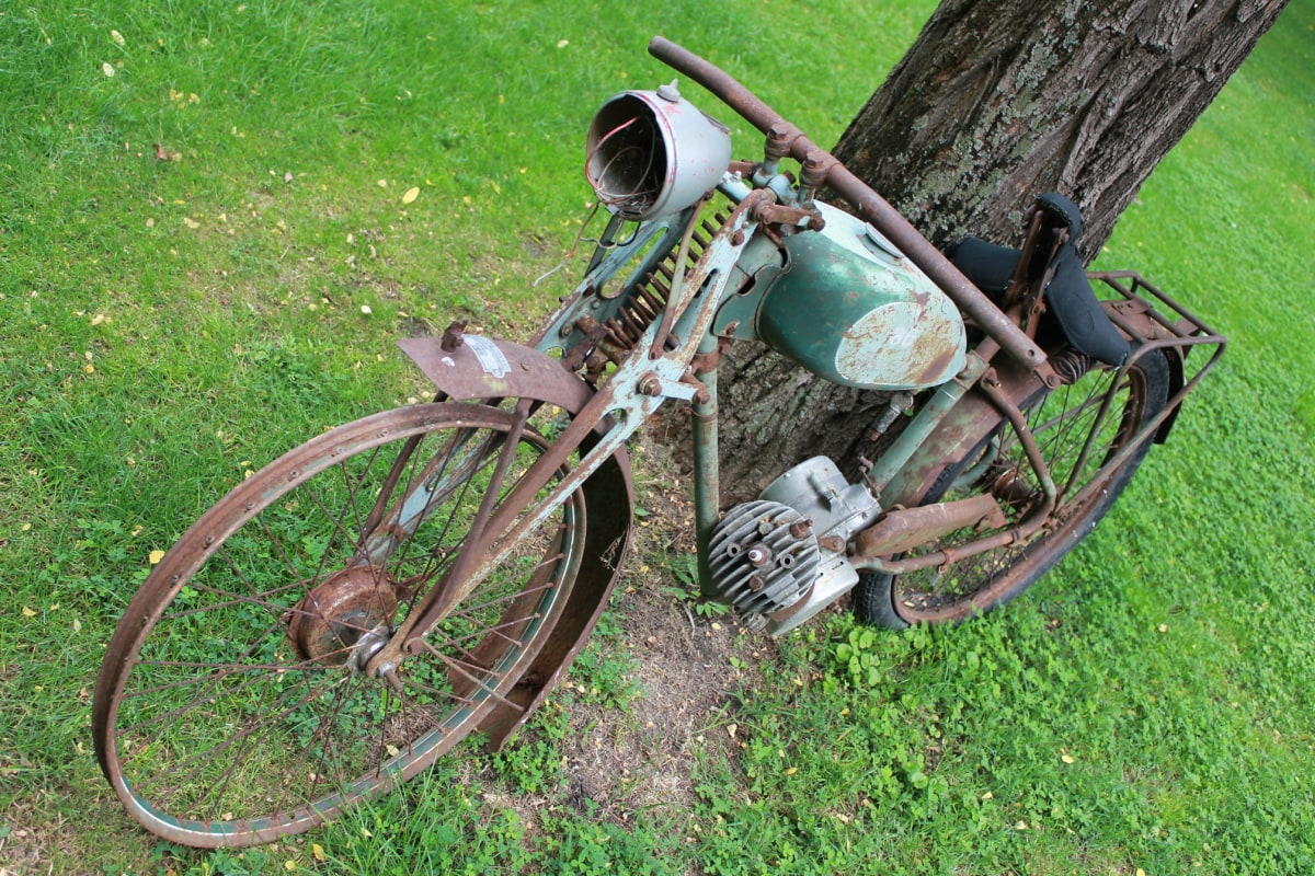 abandoned, motorcycle, oldtimer, rust, old, grass, outdoors, outdoor, summer, outside
