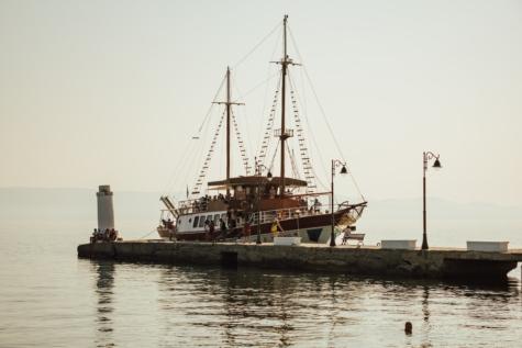 velero, muelle, vela, Ecoturismo, atracción turística, Turismo, motos de agua, pirata, artesanía, Mar