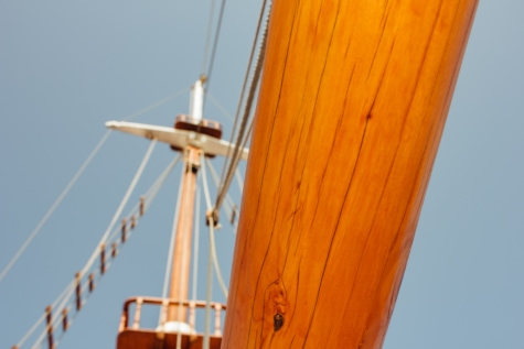 sailboat, hardwood, boat, ship, sea, water, deck, sail, yacht, sailing