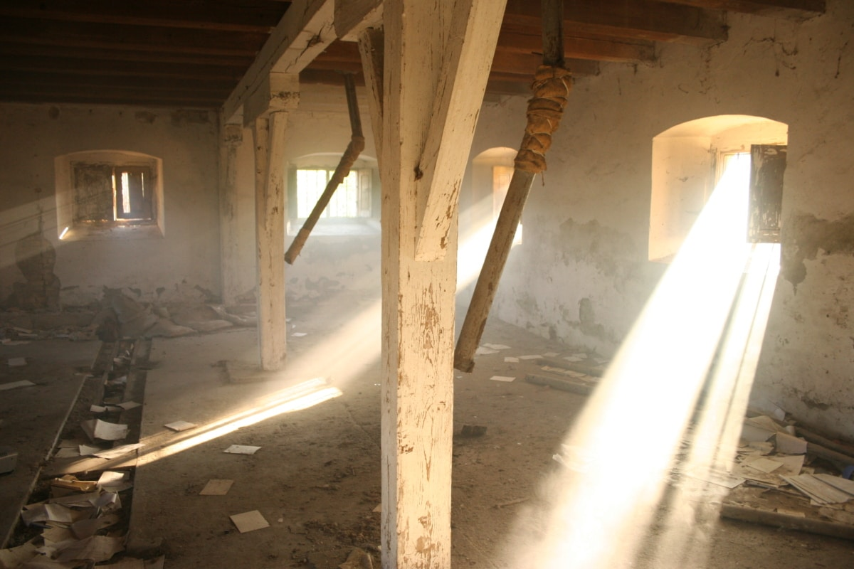 abandoned, dirty, decay, basement, garbage, sunlight, dust, sunrays, old, ruin