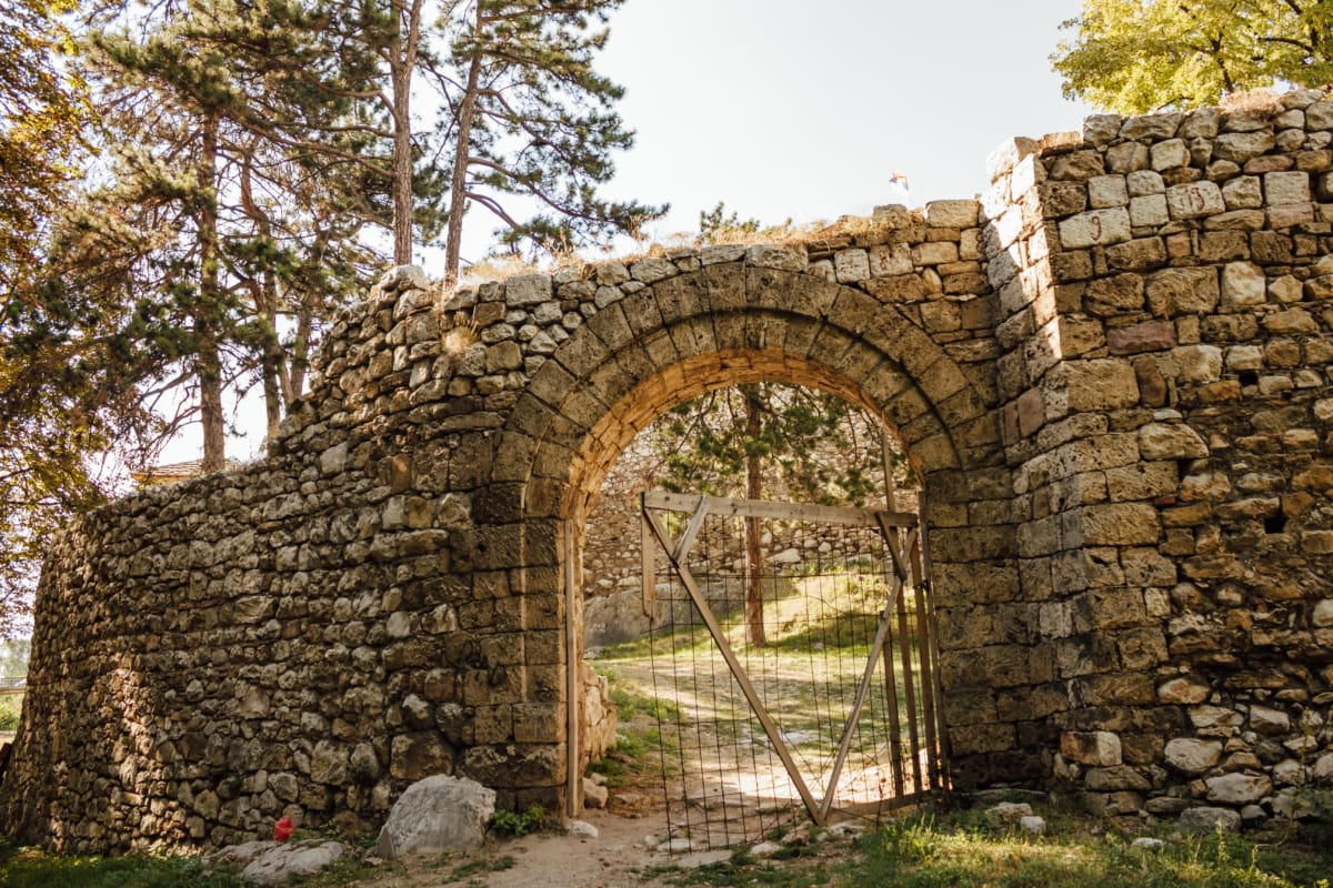 fortress, gateway, fortification, walls, ruin, arch, medieval, old, architecture, stone