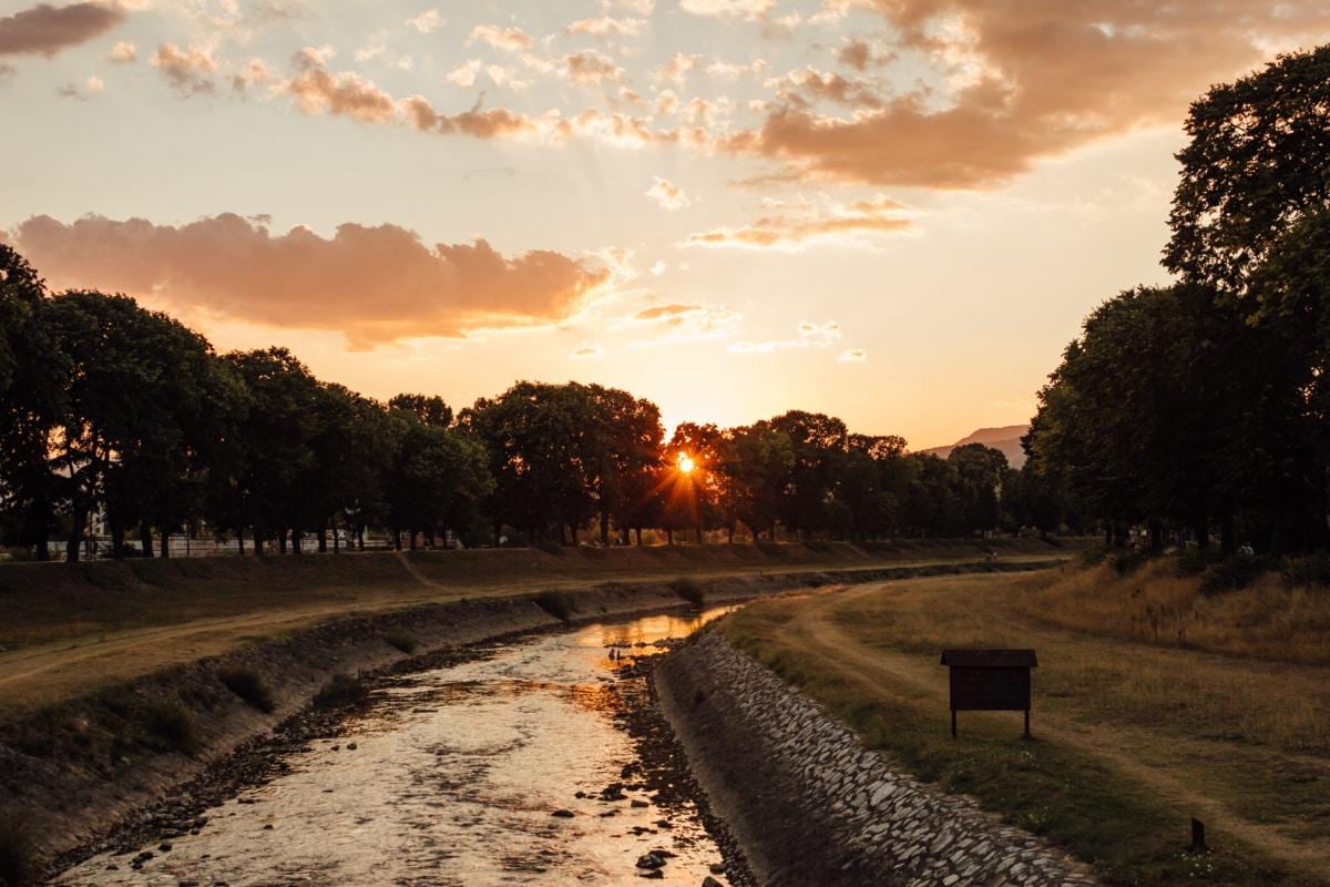 riverbed, sunset, riverbank, national park, road, landscape, dawn, street, tree, sun