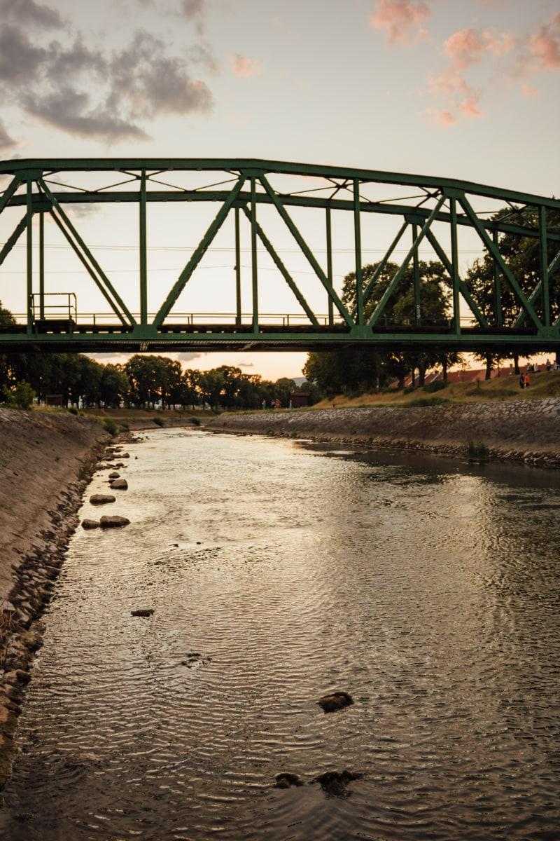 konstruksi, logam, jembatan, besi cor, sungai, bantaran, tepi sungai, Dermaga, struktur, arsitektur