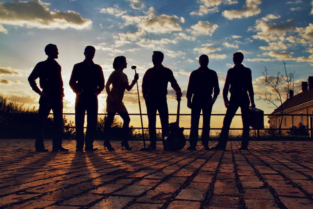 실루엣, 밴드, 그룹, 음악가, 아티스트, 가 수, 기타리스트, 일몰, 사람들, 새벽