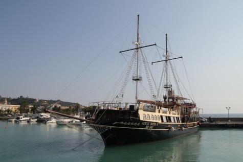 purjevene, satama, historiallinen, matkailukohde, purjehdus, vene, vesi, merirosvo, purjehtia, aluksen