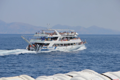 เรือเฟอร์รี่, ล่องเรือ, ฮอลิเดย์, ท่องเที่ยวเชิงนิเวศ, ฝูงชน, คน, ทะเล, จัดส่ง, ขนส่ง, การเดินทาง