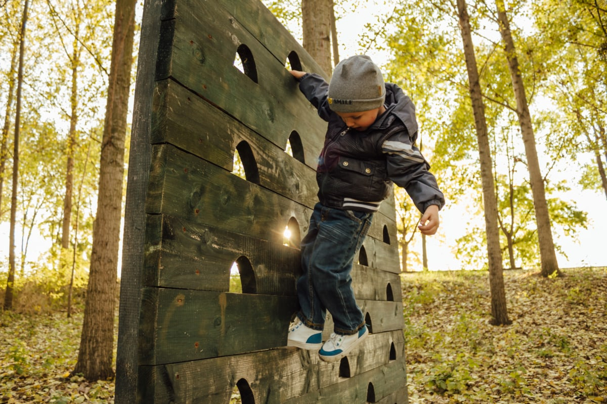 playground, climbing, child, boy, playful, hanging, old, outdoors, outdoor, autumn