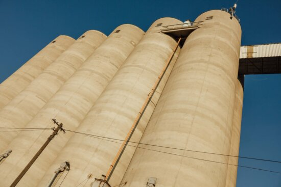 silo, tall, buildings, industry, round, architecture, outdoors, tower, business, building
