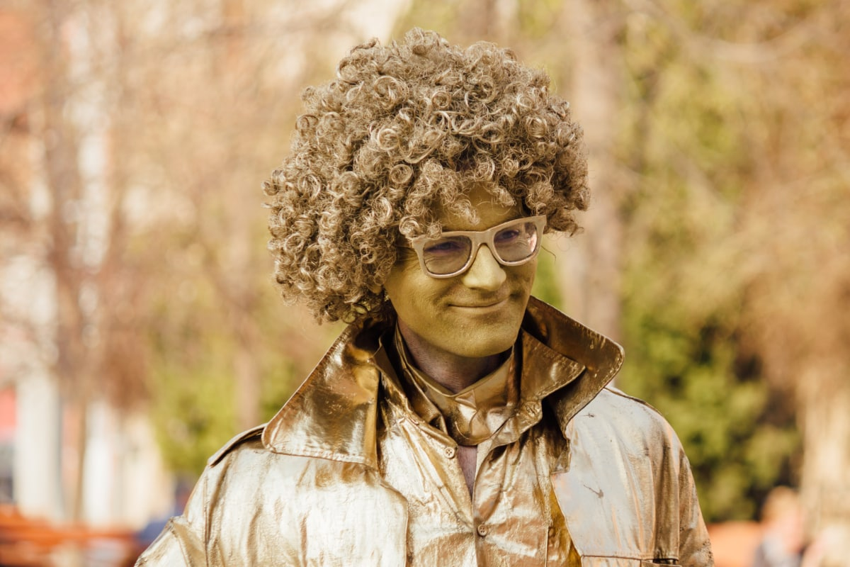 performer, performance, smile, costume, portrait, golden glow, wig, people, man, nature