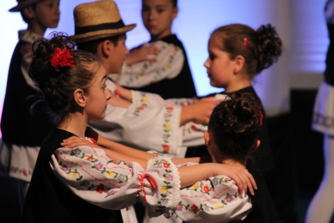 traditional, opera, theater, childhood, dance, dancing, competition, child, woman, family