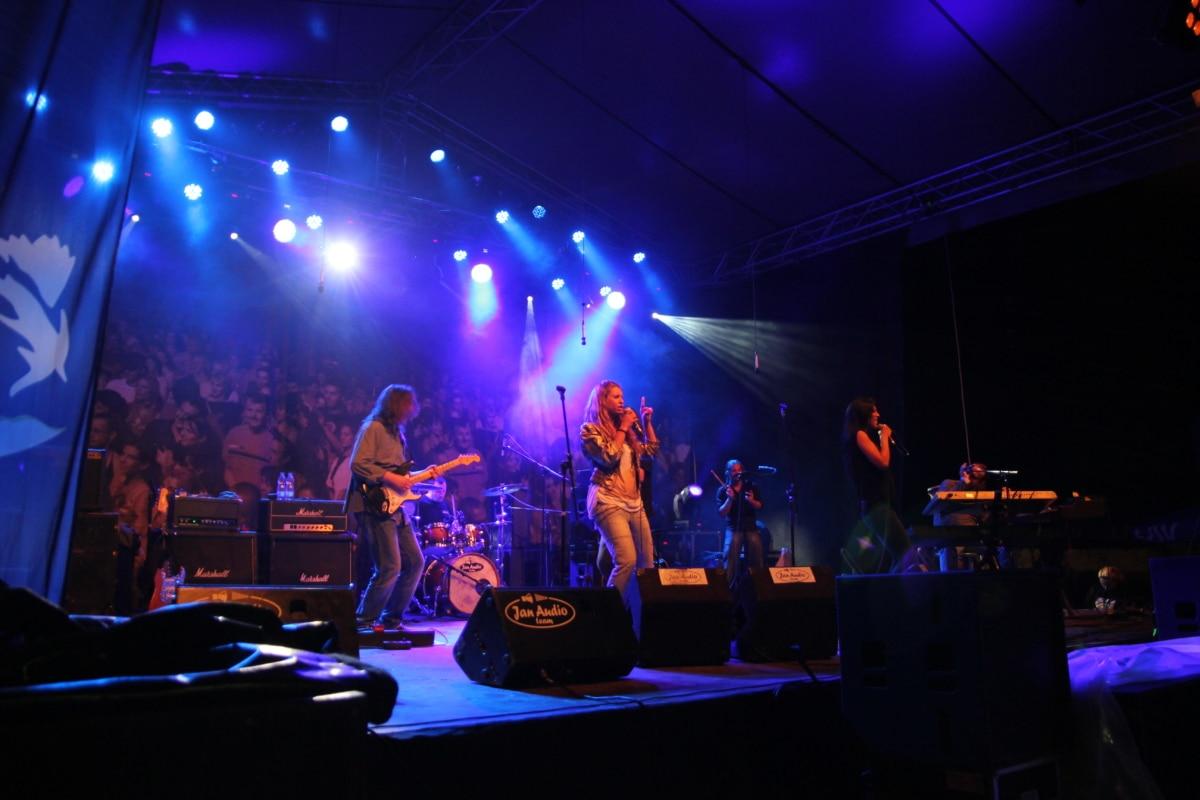 women, singer, rock concert, nightclub, music, platform, stage, concert, silhouette, light