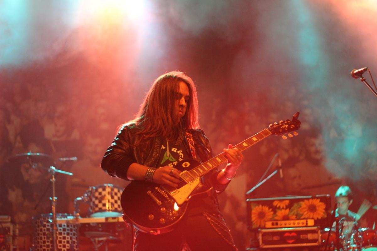 guitarist, rock concert, melody, music, guitar, concert, musician, performance, instrument, musical