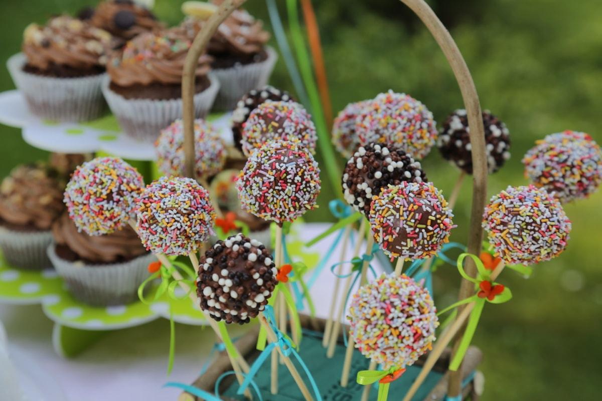 lollipop, cupcake, chocolate, sticks, fruit, sugar, berry, sweet, delicious, blackberry